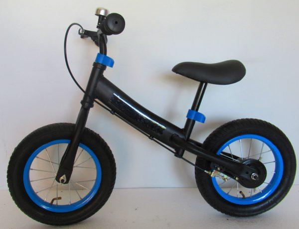 """Obrazek produktu Rowerek biegowy czarno-niebieski R8F R-Sport 12"""" hamulec, dzwonek, lusterko"""