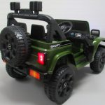 Obrazek produktu Duży Jeep X10 zielony Pilot 2.4G Światła Muzyka Klakson